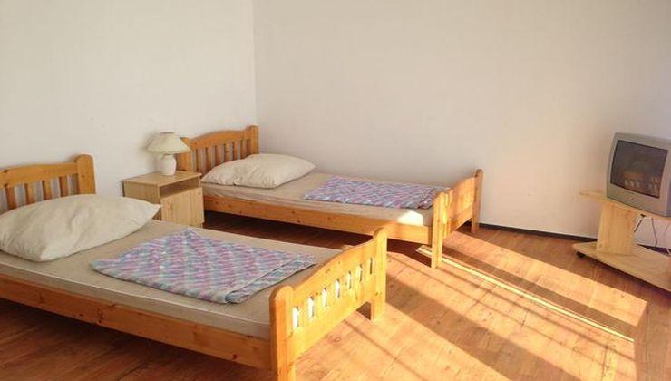 Edzőtábor - Révfülöp Ifjúsági Hotel -Szállás 2