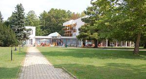 Balatoni táborok - Balatonkenese Ifjúsági Hotel
