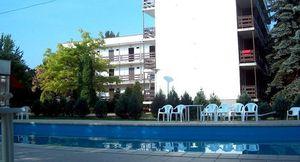 Balatoni táborok - Balatonszárszó Ifjúsági Hotel
