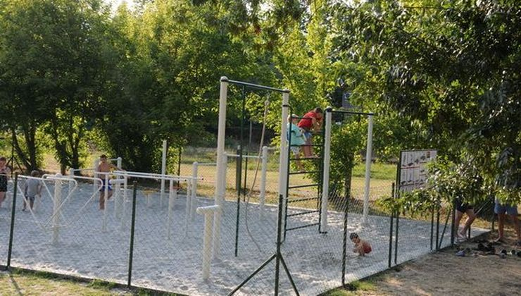 Balatoni táborok - Balatonszemes P. Ifjúsági Tábor