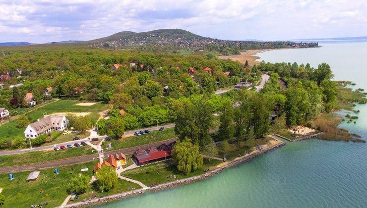 Edzőtábor, Balatonendes-Pálköve Ifjúsági Tábor - látkép, strand 2