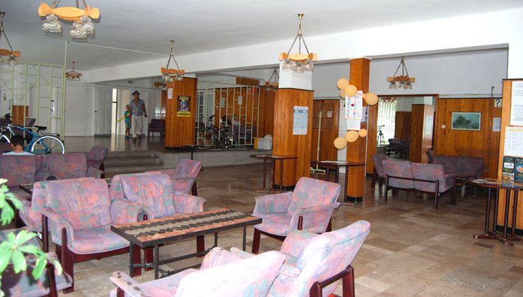 Edzőtábor - Balatonlelle Hotel Táborhelyszín - aula