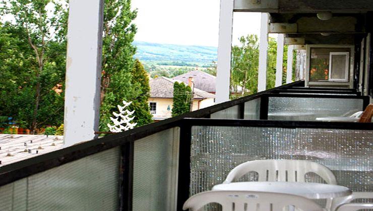 Edzőtábor - Balatonlelle Hotel Táborhelyszín - erkély