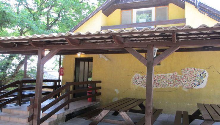 Edzőtábor - Balatonrendes-Pálköve Ifjúsági Tábor - Kőépület