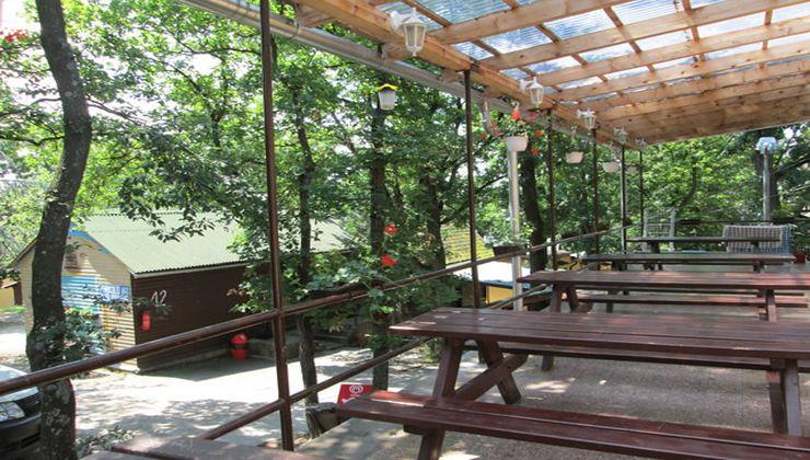 Edzőtábor - Balatonrendes-Pálköve Ifjúsági Tábor - terasz
