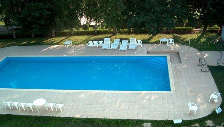 Edzőtábor - Balatonszárszó Ifjúsági Hotel és Tábor - medence 3