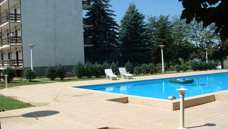 Edzőtábor - Balatonszárszó Ifjúsági Hotel és Tábor - medence