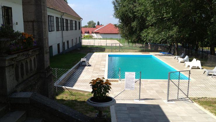 Edzőtábor - Balatonszemes Hunyadi Tábor - medence 2