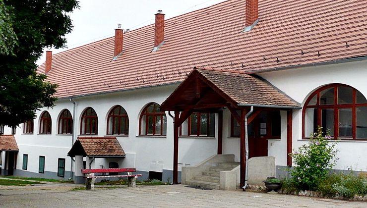 Edzőtábor - Balatonszemes Hunyadi Tábor
