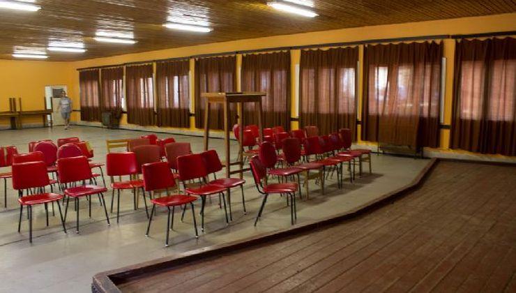 Edzőtábor - Balatonszemes Üdülő Tábor - Terem