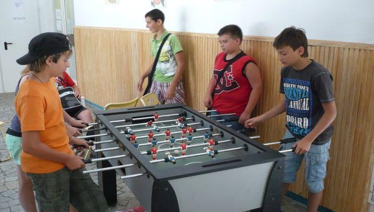 Edzőtábor - Fonyód Ifjúsági Tábor - csocsó