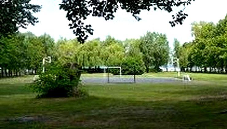 Edzőtábor - Fonyód Ifjúsági Tábor - sportpálya