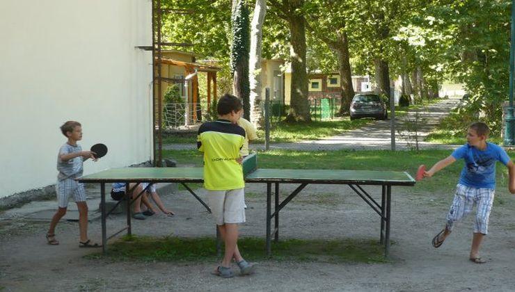 Edzőtábor - Fonyód Ifjúsági Tábor - udvar 2