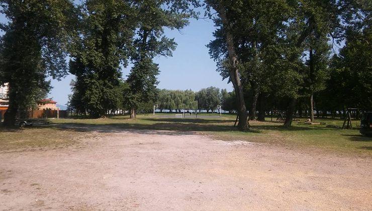 Edzőtábor - Fonyód Ifjúsági Tábor - udvar