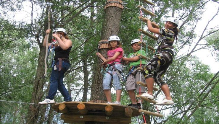 Edzőtábor - Gyenesdiás Ifjúsági Tábor élménypark