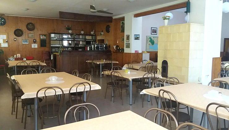 Edzőtábor - Gyenesdiás Ifjúsági Tábor - étterem 2