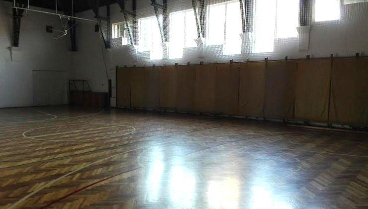 Edzőtábor - Kőröshegy-B Tábor - tornacsarnok