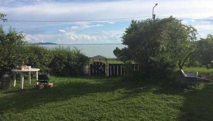 Edzőtábor, Pálköve Fogadó - udvar
