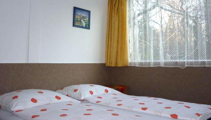 Edzőtábor - Siófok Ifjúsági Hotel - Tábor - Szállás