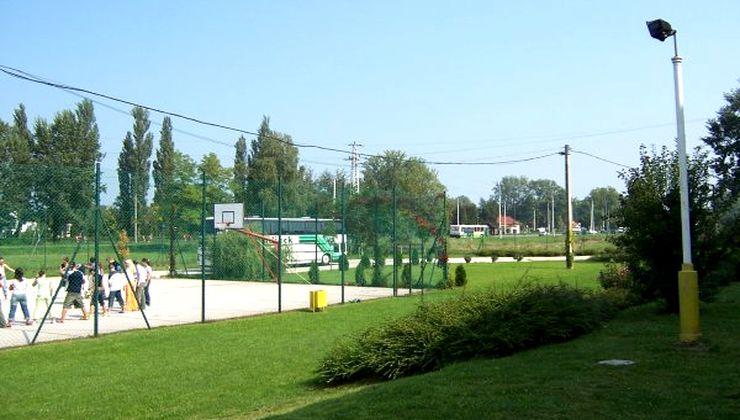 Edzőtábor - Siófok Ifjúsági Hotel - Tábor - sportpálya 2