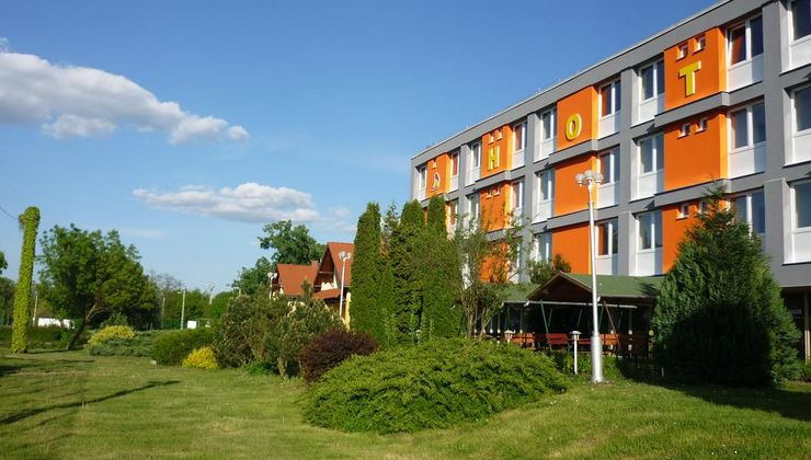 Edzőtábor - Siófok Ifjúsági Hotel - Tábor