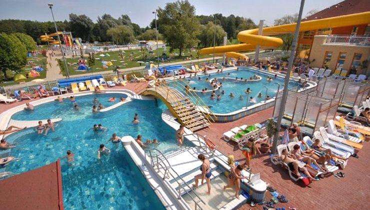 Edzőtábor - Zalakaros Hotel és Tábor - élményfürdő 2