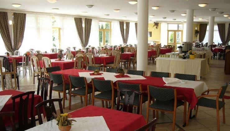 Edzőtábor - Zalakaros Hotel és Tábor - étterem