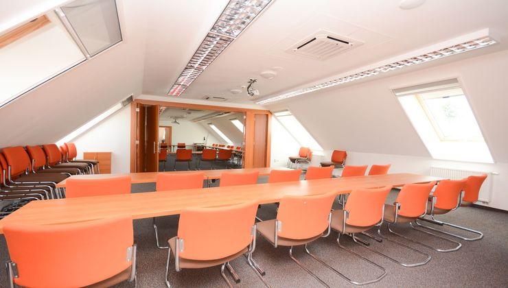 Edzőtábor helyszín - Zamárdi Üdülő és Hotel - Konferenciaterem 2