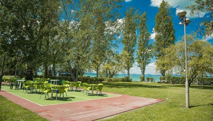 Edzőtábor helyszín - Zamárdi Üdülő és Hotel - kert