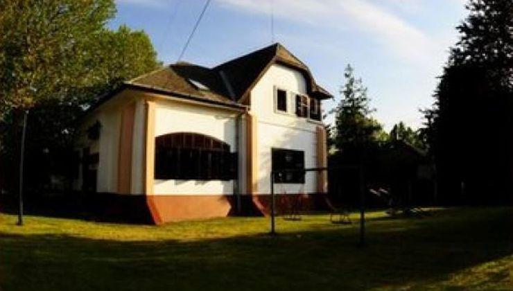 Edzőtábor helyszín - Zamárdi Üdülő és Tábor - épület