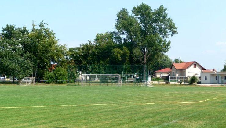 Edzőtábor helyszín - Zamárdi Üdülő és Tábor - futballpálya