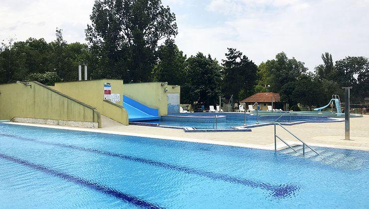 Edzőtábor helyszínek - Balatonszemes Üdülő Tábor - élményfürdő