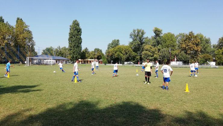 Edzőtábor helyszínek - Balatonszemes Üdülő Tábor - focipálya