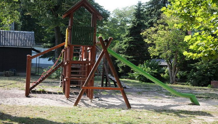Edzőtábor, tábor - Velence Ifjúsági Tábor játszótér