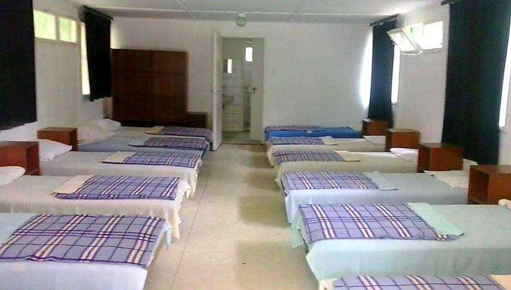 Edzőtábor, táborhely - Pilismarót Ifjúsági Tábor - Szállás 14 fős szoba