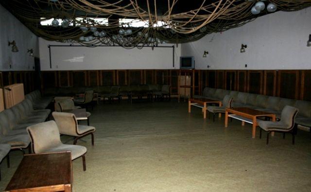 Edzőtábor, táborhely - Tata Ifjúsági Tábor - terem 2