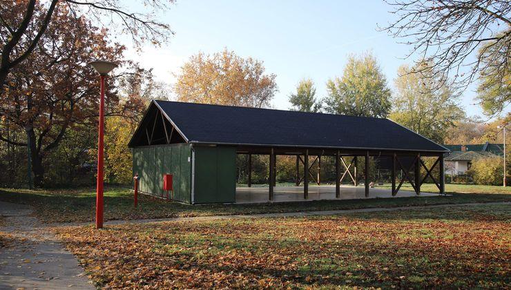 Edzőtábor, táborhely - Velence Ifjúsági Tábor - Fedett terem