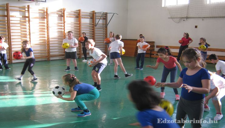 Edzőtábor - Aggtelek Ifjúsági Üdülő és Tábor - Tornacsarnok