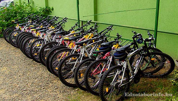 Edzőtábor - Pusztafalu Ifjúsági Tábor - Kerékpárkölcsönzés