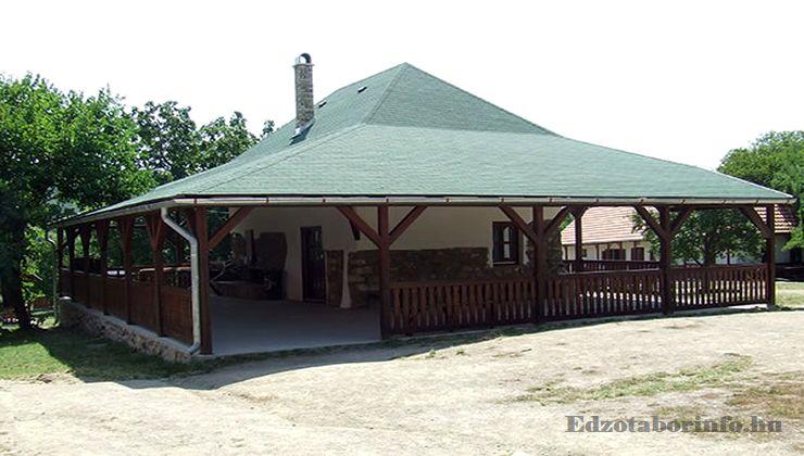 Edzőtábor - Pusztafalu Ifjúsági Tábor