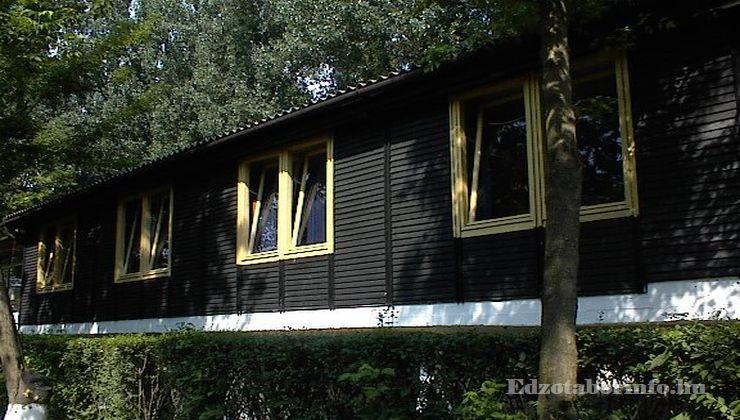 Edzőtábor, Szetendre Ifjúsági Tábor - Ifjúsági szálló
