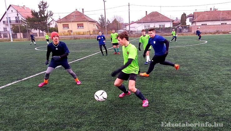 Edzőtábor, Szetendre Ifjúsági Tábor - Műfüves nagypálya
