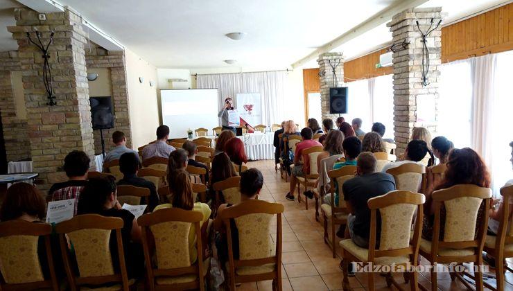 Edzőtábor, Szetendre Ifjúsági Tábor - Rendezvényterem