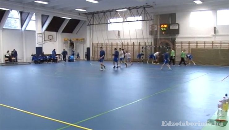 Edzőtábor, Szetendre Ifjúsági Tábor - Sportcsarnok