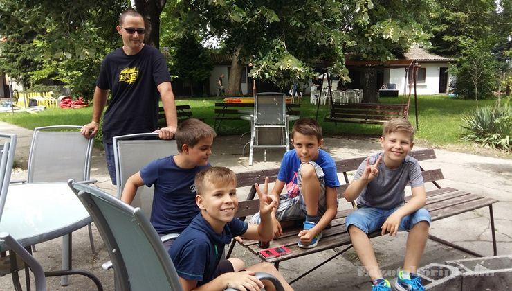 Edzőtábor - Szigetszentmárton Ifjúsági Tábor - Udvar