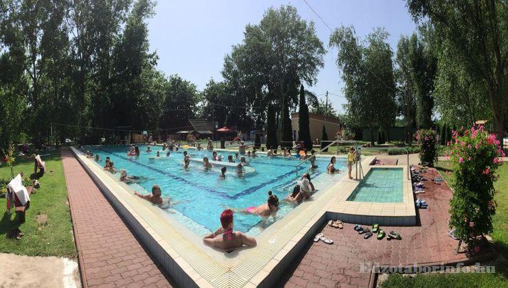 Edzőtábor - Tápiószentmárton IfjúságiTábor - Sportcsarnok - Strand