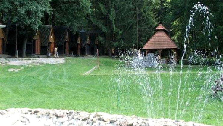 Edzőtábor, táborhely - Bánvölgye Ifjúsági Tábor - kerti tó