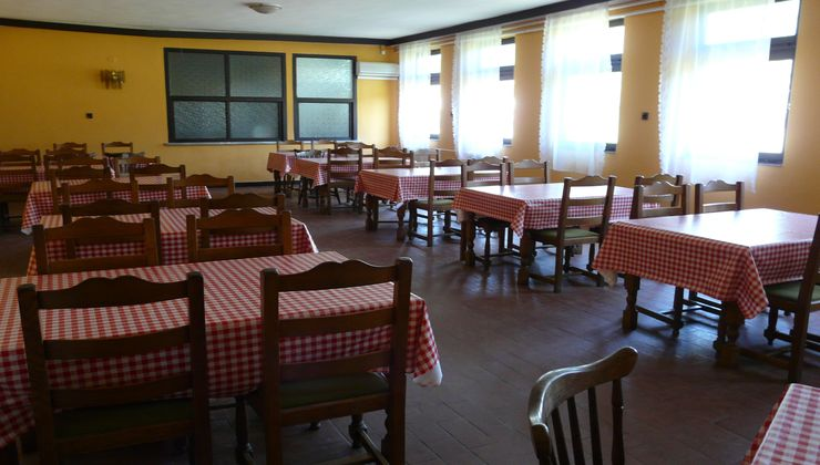 Edzőtábor, táborhely - Békés-Dánfok Üdülő és Tábor - Panzió étterem