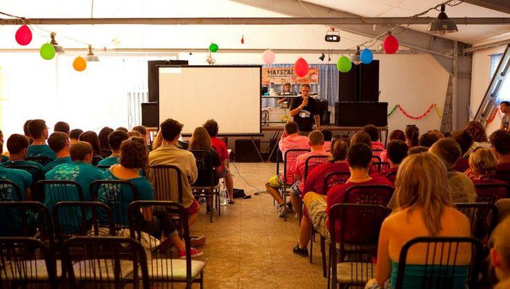 Edzőtábor, táborhely - Bodajk Ifjúsági Tábor - előadás