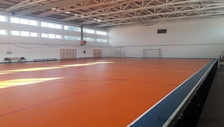 Edzőtábor, táborhely - Nemesnádudvar Panzió és Tábor - Sportcsarnok 2